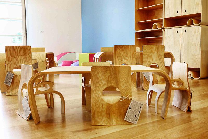 Tavolini e sedie montessori