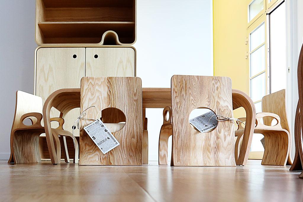 Tavolo in legno di frassino