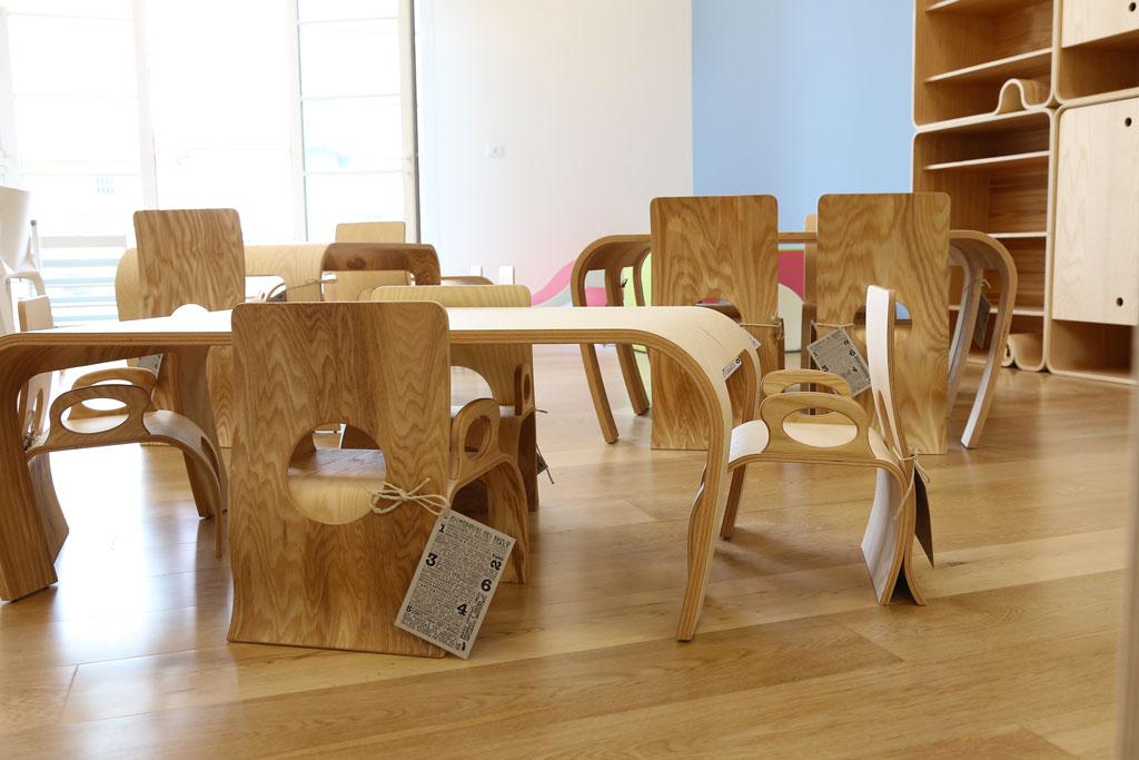 Tavoli ed arredi in legno