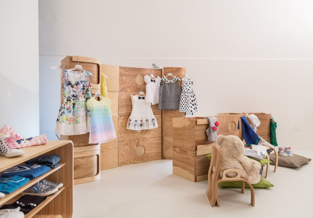 Soluzioni d 39 arredo per negozi e shop for Arredamento bambini roma