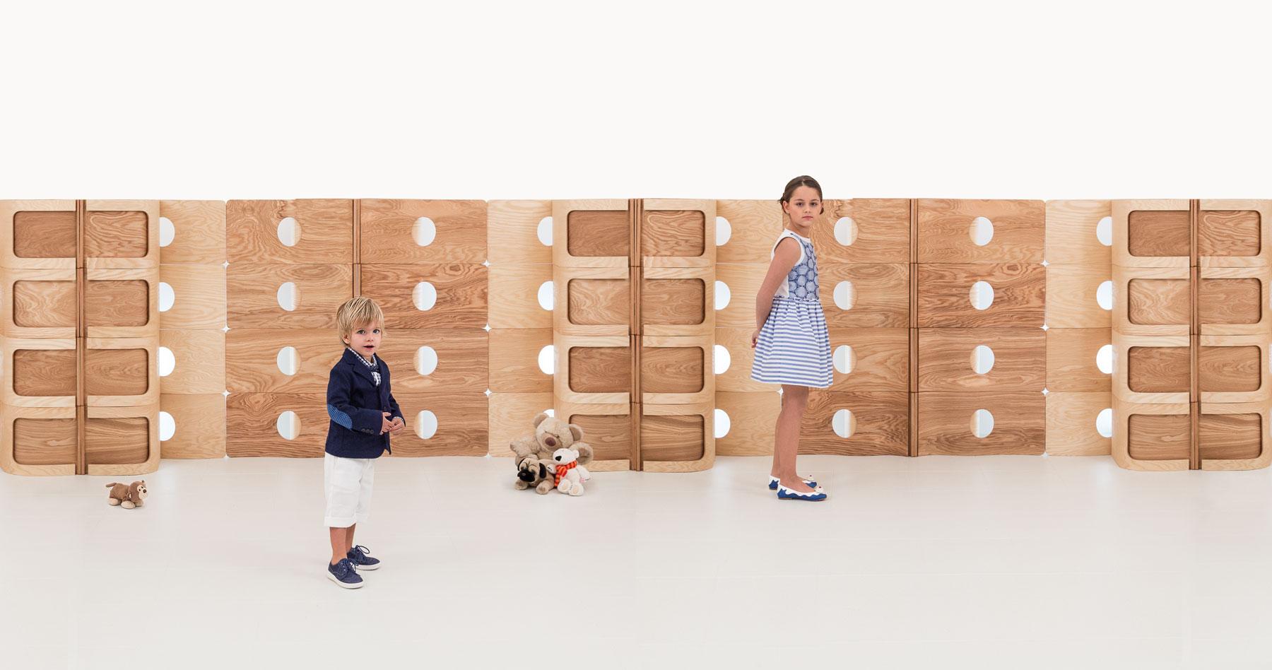 Séparé in legno e bambini